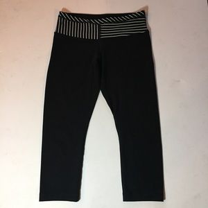 Lululemon Athletica Reversible Capri Pant